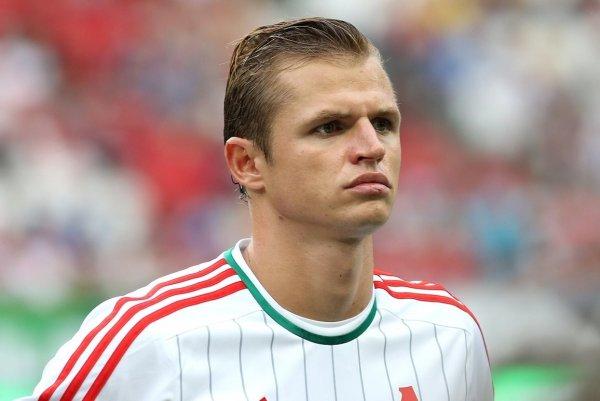 Дмитрий Тарасов избил фаната за съемку посиделок с кальяном