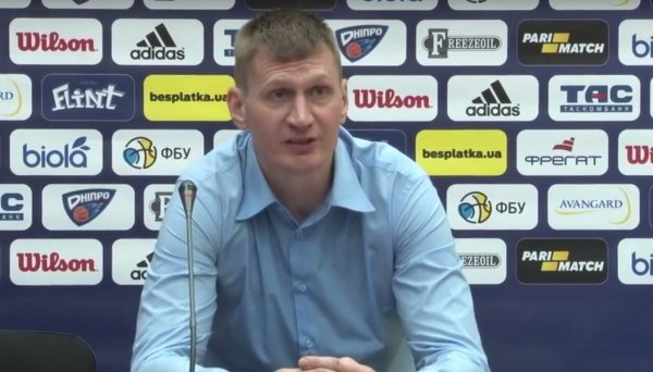 Украинский тренер Журавлев  обложил судей нецензурной бранью