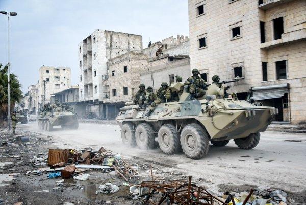 Российское вооружение ужасает боевиков в Сирии