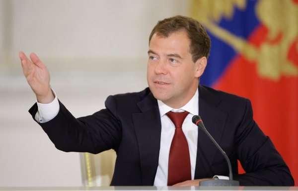 Медведев перепутал отчество Шойгу на приеме у Путина