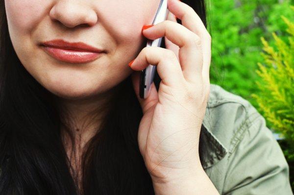 Google Assistant предупредит о записи телефонных разговоров