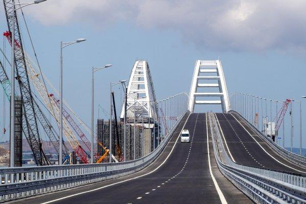 Госдума: Планы Порошенко на Крымский мост не более чем фантомные боли