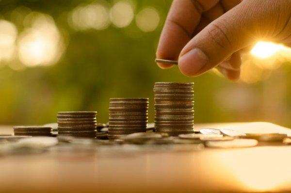 Затейливая судьба денег продолжается
