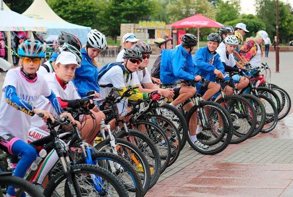 В Москве проходит велопарад на Садовом кольце