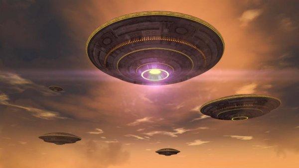 Британские уфологи обнаружили НЛО в день свадьбы принца Гарри и Меган Маркл