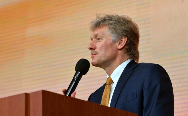 Песков: Путин и Меркель обсудили возможный ввод миротворцев на Донбасс