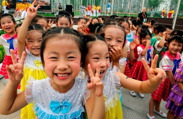 В Китае отменят все ограничения по количеству рождаемых детей