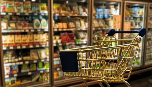Эксперты назвали простые шоппинг-привычки, позволяющие сэкономить
