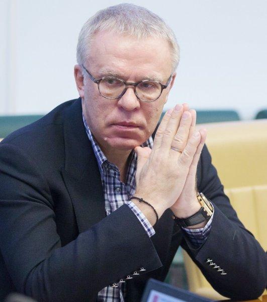 Фетисов верит, что Путин поучаствует в хоккейном матче на Северном полюсе