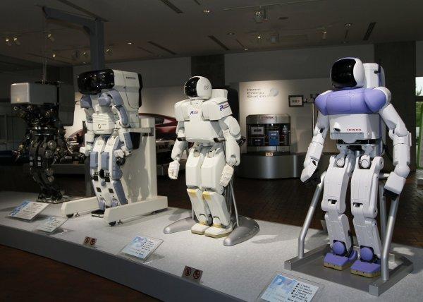 При помощи NVIDIA роботы подглядывают за людьми и учатся на их примерах