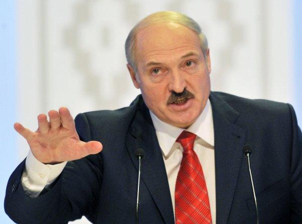 Лукашенко: В региональных проблемах виновато НАТО