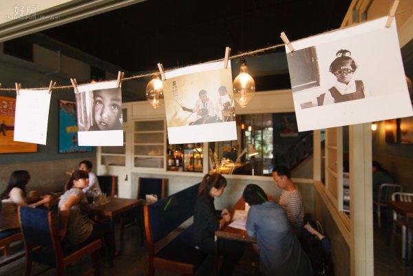 Ученые выяснили, что музыка влияет на человека, который делает заказ в кафе