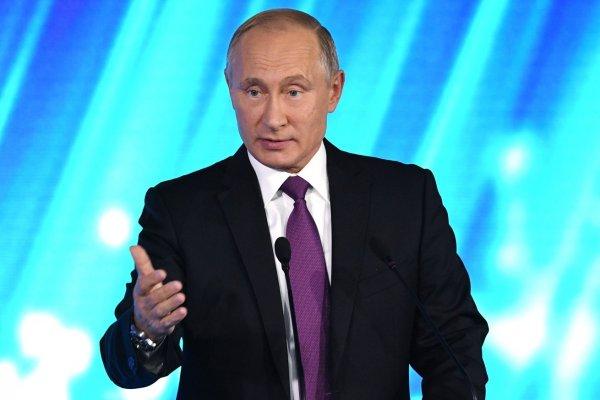 Провокатор: Владимир Путин обозвал главреда Bloomberg  за его слова о Трампе