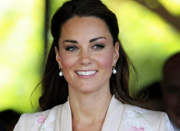 В Сети появились шокирующие снимки Кейт Мидлтон, принца Уильяма и принца Гарри