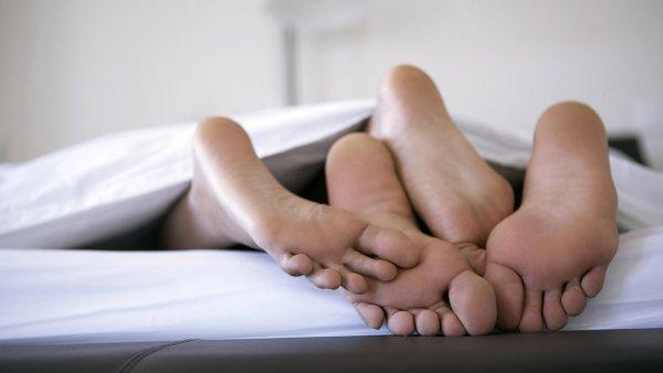 Ученые выяснили, что утренний секс поможет справиться с похмельем