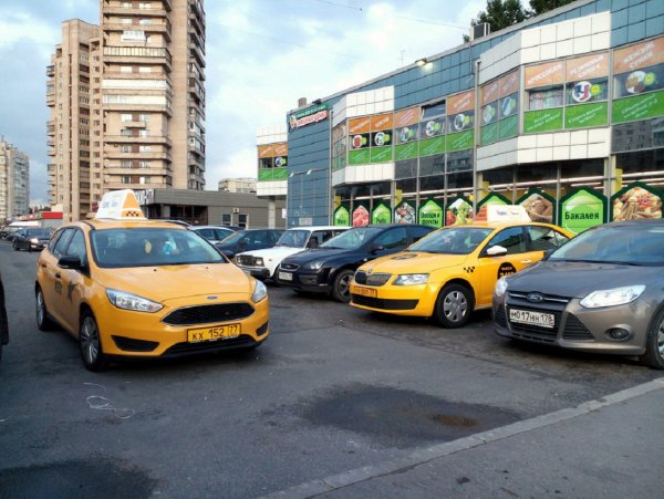 «Яндекс.Такси» начнет отслеживать усталость водителя