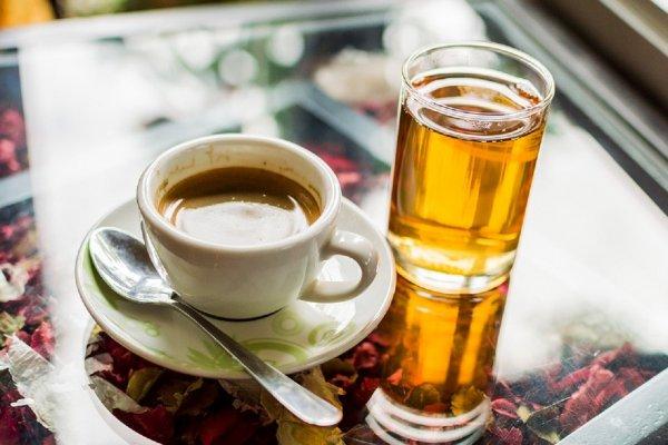 Ученые: Горячие напитки затягивают процесс выздоровления при простуде