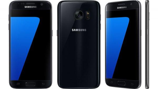 В России смартфон Samsung Galaxy S7 упал в цене до 22 800 рублей