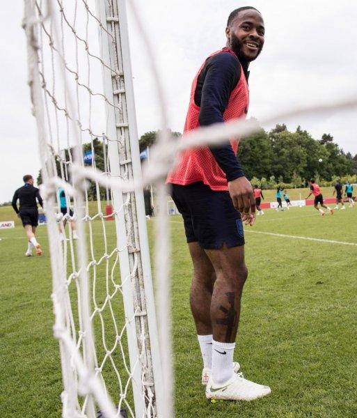 Футболист сборной Англии может пропустить ЧМ-2018 из-за татуировки