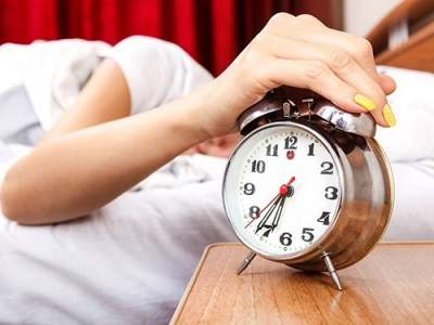Врачи объяснили, почему нельзя спать слишком долго