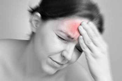 Медики рассказали, в каком случае головная боль должна насторожить