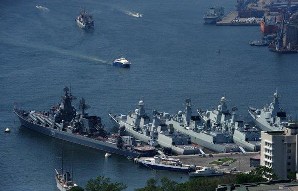 ВМФ КНР провел испытание эскадры надводных роботов