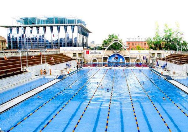 В Краснодаре 1 июня открылись три бесплатных бассейна