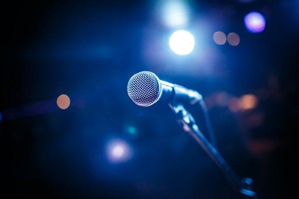 12-летняя певица из Украины будет участвовать в конкурсе в Крыму