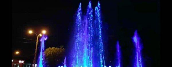В Ростове запустили мультимедийный фонтан