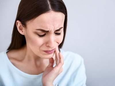 Названы необычные причины, которые могут вызвать зубную боль