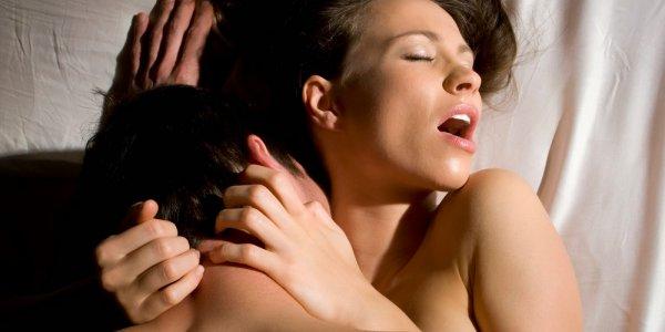 В Вологде сексуально озабоченные соседи мешают школьнице готовиться к ЕГЭ