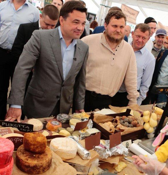 Подмосковный фермер Олег Сирота поддержал решение Андрея Воробьева об участии в выборах