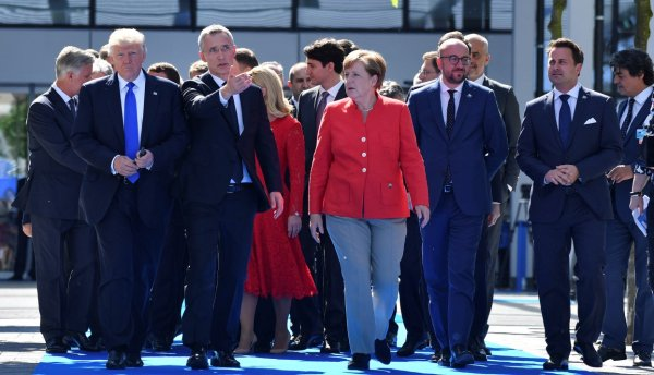 Эксперты представили свидетельства того, что Европе осталось недолго