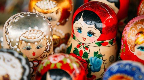 Офис «Матрешка-Тур» закрыли в Петербурге