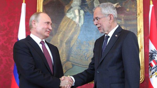 Путин: Россия и Австрия успешно противостоят попыткам пересмотра истории