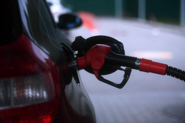Госдума поднятие цен на бензин назвала картельным сговором