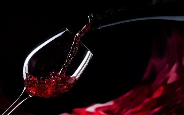 В Вологодской области мужчины пьют в пять раз больше женщин