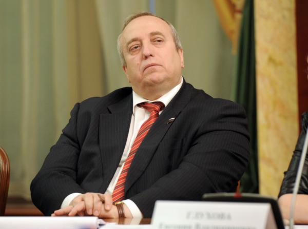 Клинцевич советует Ефремову лечиться от алкоголя после слов о Крымском мосту