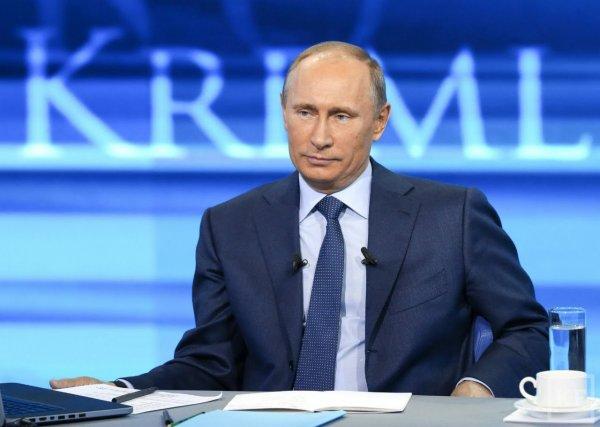 В Сети набирает популярность хештег, посвященный прямой линии Путина