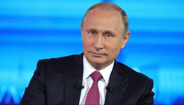 Путин признался, что не знал о приставаниях Слуцкого