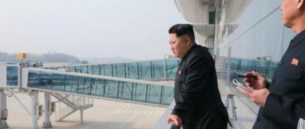 Ким Чен Ына защитят китайские истребители во время полета в Сингапур