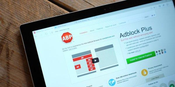 AdBlock Plus отключит все кнопки соцсетей на любых ресурсах