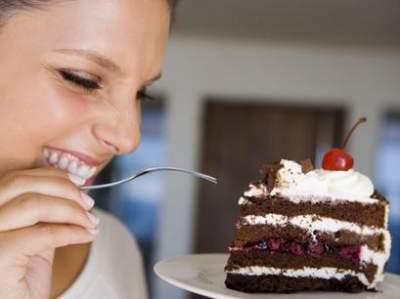 Диетологи назвали продукты, которые сильно повышают аппетит