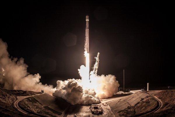 Япония провела успешный запуск ракеты с новым спутником-шпионом