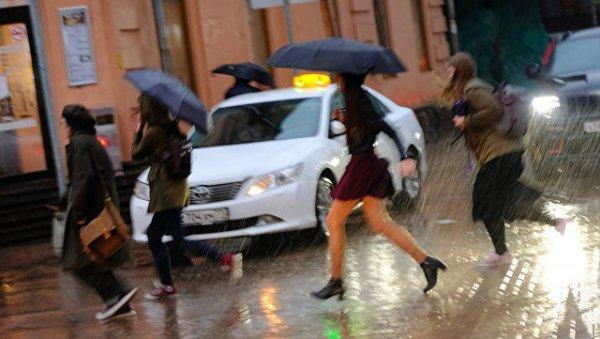 В Париже за сутки выпало рекордное количество осадков с 1960 года