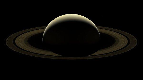 В Японии из молекулы изготовили миниатюрную модель окольцованного Сатурна