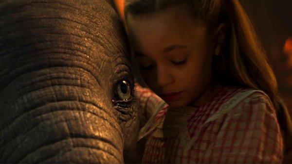 Вышел тизер римейка 40-х о летающем слоненке Дамбо