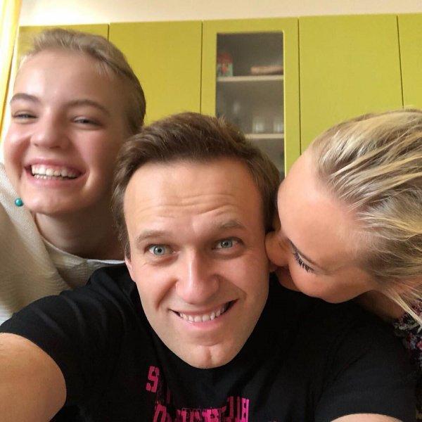 «С возвращением, рецидивист»: Навальный рассказывает о счастье арестанта