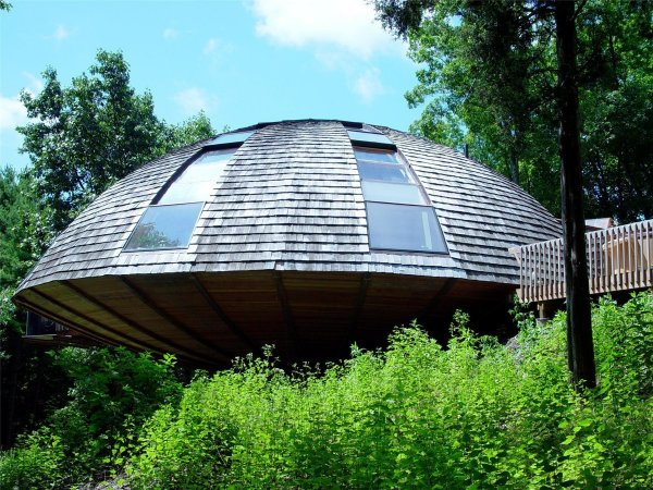 В Кировской области возводят круглый вращающийся дом