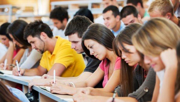 Выпускникам ДНР могут давать российские дипломы